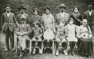 La corte colonica e la famiglia