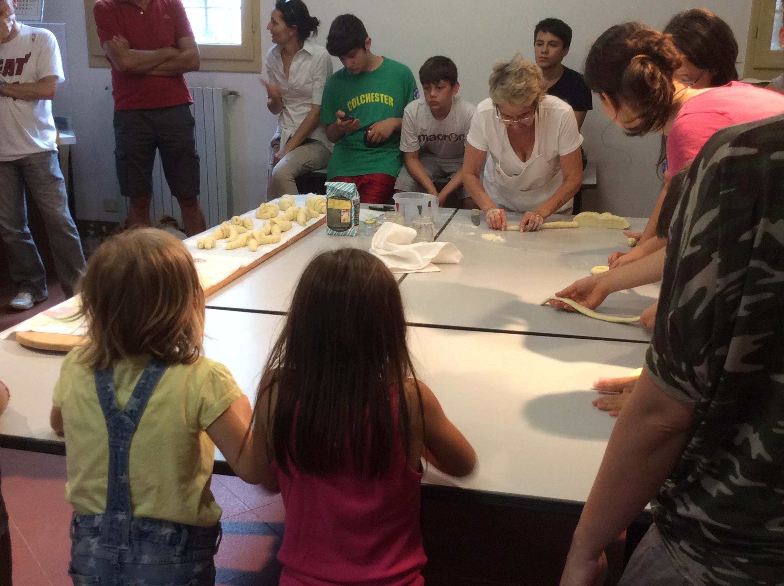 Dimostrazione della preparazione del pane
